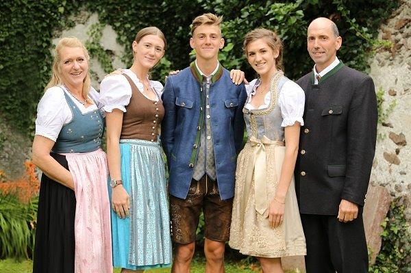 Familie Danklmayer - Ferienwohnungen am Bauernhof im Ennstal